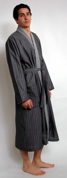 Herrenbademantel Kimono der Luxus Klasse aus 100% Baumwolle von Bugatti  in Dunkelgrau